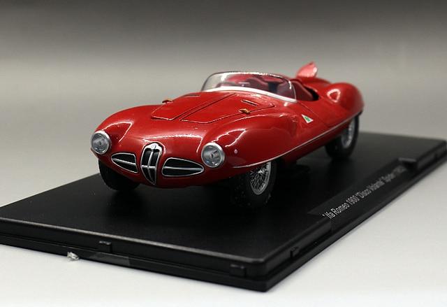 White Box 1:24 Alfa Romeo 1900 Disco Volante Spider 1952 Vintage Classic  Boutique Alloy