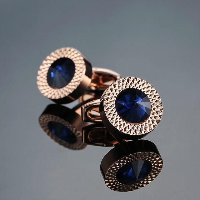 Nowość luksusowe niebieskie białe spinki do mankietów dla mężczyzn marki wysokiej jakości korona kryształowe złoto srebrne spinki do mankietów mankiet do koszuli linki tanie i dobre opinie jiaocharmei Miedzi Tie klipów i spinki do mankietów Mężczyźni Moda C-MAN1-M012 Okrągły Klasyczny Perły słodkowodne