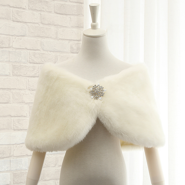 Real Picture New Arrival Wedding Accessories Feather Faux Fur Bridal Wedding  Wraps Jacket Bolero Cheap Winter 5986bd100