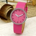 2016 New Fashion Casual Simple Women's Wrist Watch Analog Quartz Watches Unisex Round Rose Red Dial Leather Band Solid