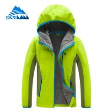 New Spring Outdoor Softshell Jacket Women Water Resistant Trekking Clikmbing Coat Hiking Camping Windstopper Jaqueta Feminina