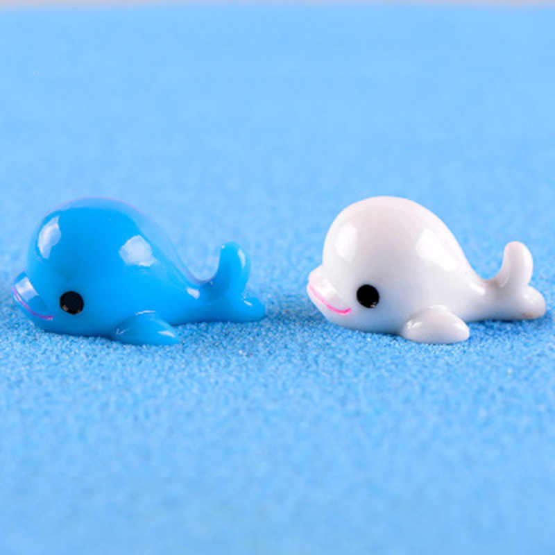 ZOCDOU 2 Pieces Resin Dolphin Porpoise Delphis Sea Fish White Blue Whale Red Alert Model Small Figurine Crafts Home Ornament 3cm