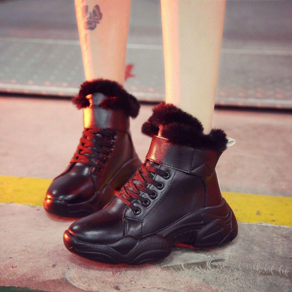Fond Black white Casual Sneakers Chaud Dames Ultra Aider En Épais Cuir Garder Nouveau léger Chaussures D'hiver Haute Au Peluche 2018 Mode Femmes HqRz1z
