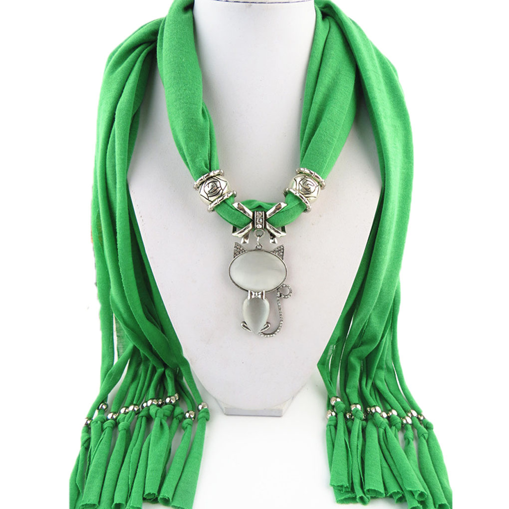 High Quality Winter Women Crystals Cat Pendant Scarf Polyester Solid Scarf Neckerchief