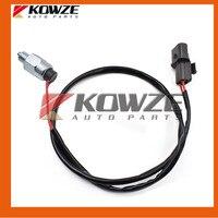 Freewheel Clutch Switch Fits For Mitsubishi PAJERO MONTERO II 2nd V43 V44 V45 V46 4WD MR196931