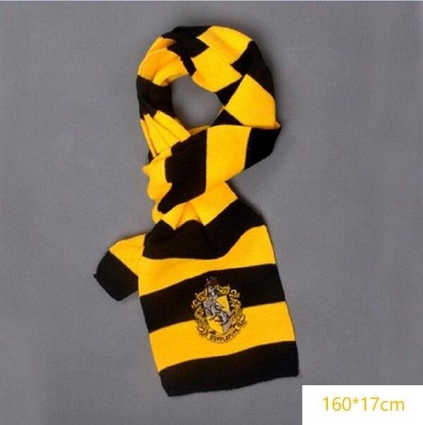 Hufflepuff scarf 02