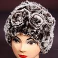 O envio gratuito de 2017 rex inverno cabelo pele de coelho chapéu da forma térmica malha chapéu feminino chapéu de pele de coelho rosa