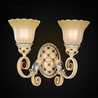 Europese Tuin hars wandlamp woonkamer gang slaapkamer bedlampje Amerikaanse retro LED glas wandlamp gratis verzending-in LED Indoor Wandlampen van Licht & verlichting op
