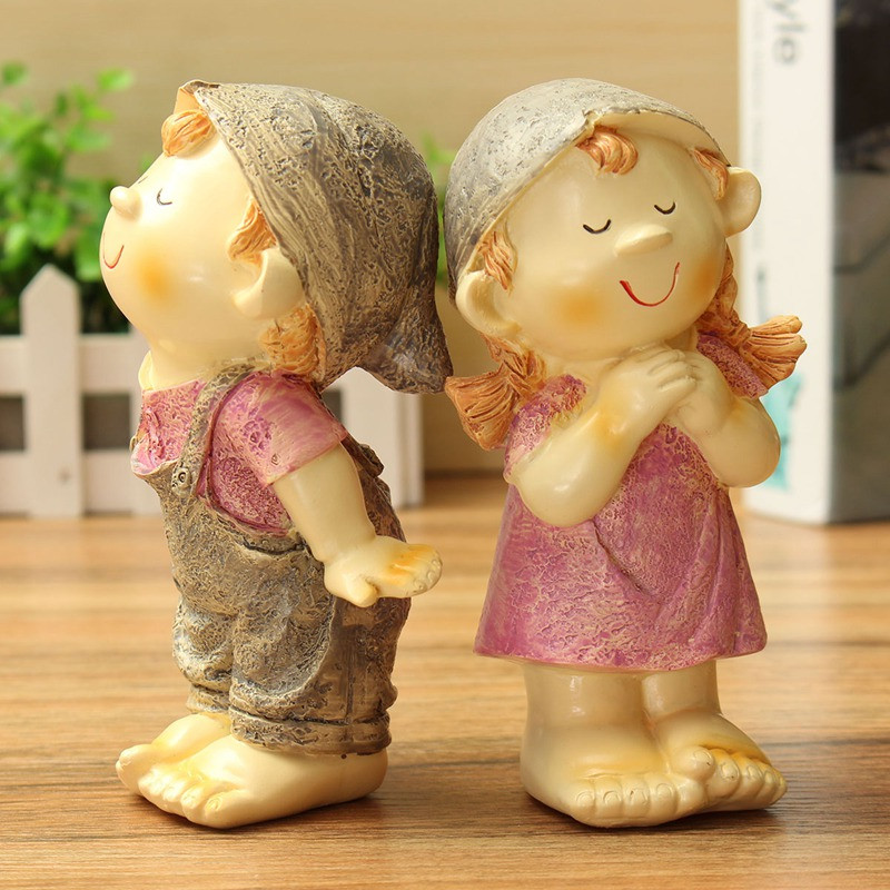 <font><b>Lovely</b></font> 1Pair Romantic Pastoral Kiss <font><b>Couples</b></font> Models <font><b>Resin</b></font> Crafts <font><b>Doll</b></font> Ornaments <font><b>Wedding</b></font> <font><b>Lovers</b></font> Gift <font><b>Home</b></font> Table Desktop <font><b>Decoration</b></font>