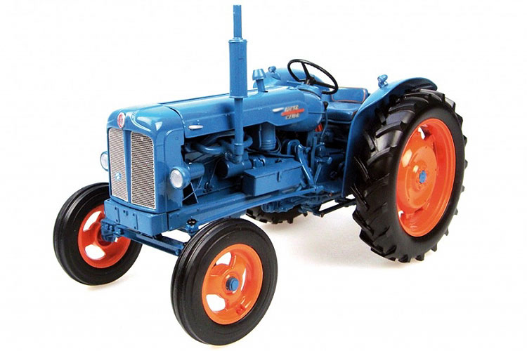 1:16 Major classic tractor model alloy farm vehicle model Collection model цена