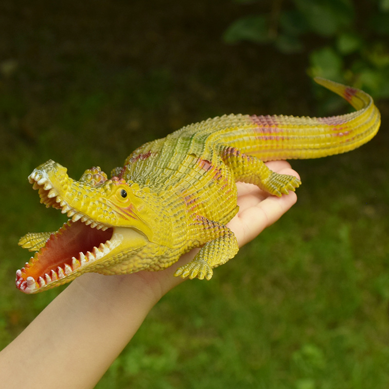 Simulation Crocodile Rubber Toy Safari Garden Props Joke Prank Gift About Novelty And Gag Playing Jokes Toys 30cm