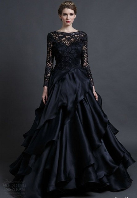 2017 New Arrival Designer Long Sleeves Black Wedding Dress With Lace Bodice Backless Bride Gowns