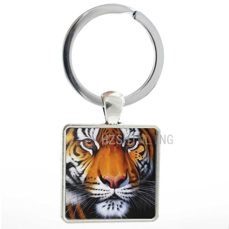 Nueva moda llavero de tigre de color brillante artesanal vida silvestre encantos llaveros de cristal en cabujón colgante cuadrado llavero AA85