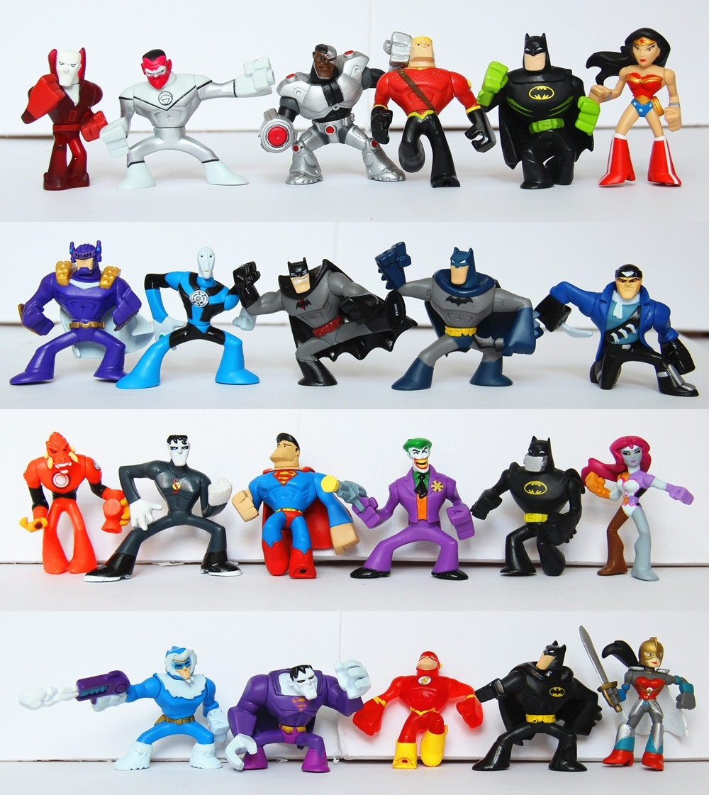 22 pcs/set <font><b>DC</b></font> <font><b>Comics</b></font> Superheroes PVC <font><b>Action</b></font> <font><b>Figures</b></font> 2'' <font><b>Batman</b></font> Superman The Flash Toys loose