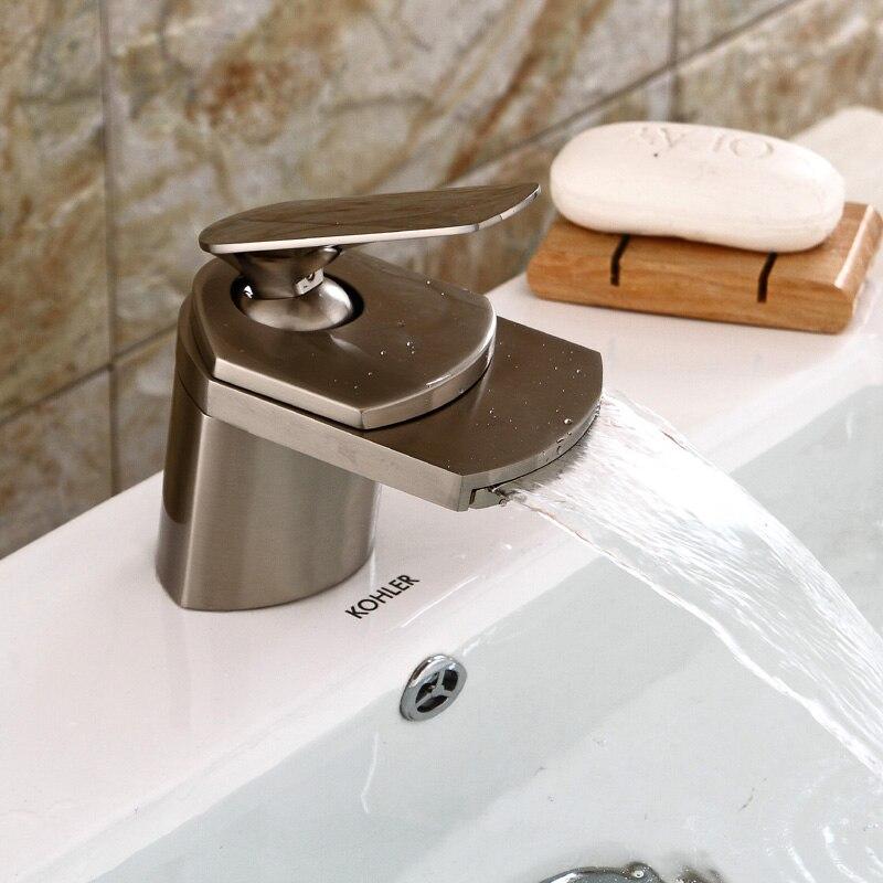 Robinets de lavabo modernes Chrome or laiton cascade robinet de salle de bain mitigeur robinet de lavabo chaud et froid Torneiras Banheiro