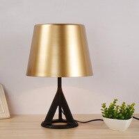 Nordic Творческий промышленных черный штатив металлическая настольная лампа для Спальня прикроватный свет Гостиная бар офис исследование зо