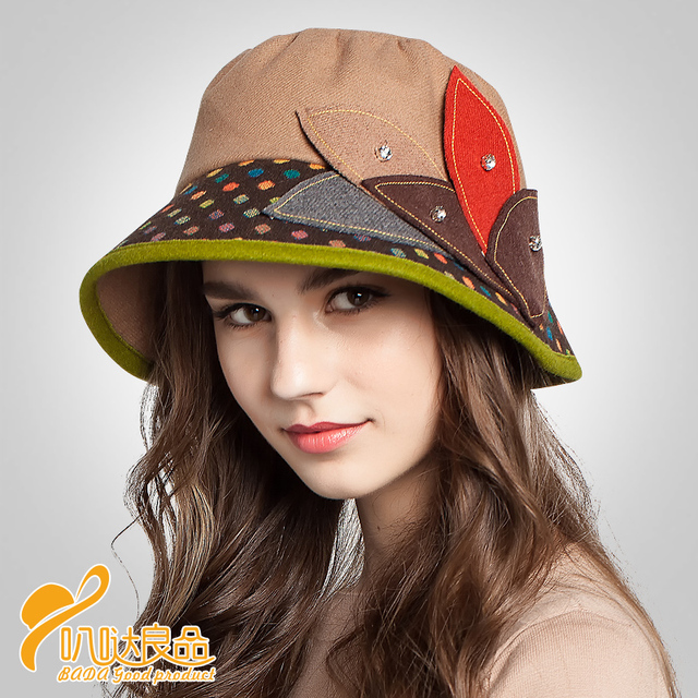 2076971ad3d Lady winter and autumn new geometric leaf color hat wave point wool hat hat  Female palace party hat