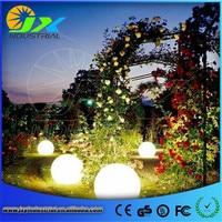 2 шт. * 30 см Плавающий Бассейн Светодиодный свет свечение шар, шар на открытом воздухе или в помещении литиевая батарея живой сад свет Декор