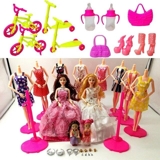 981b9b4855872 Mode poupée Barbie poupées ensemble 4 poupées 10 ensembles de vêtements de  bricolage jouet pour filles