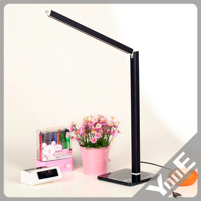 ФОТО Fashion LED Table lamp dimming and color clip bedside Multi-function Folding reading Lights 5W USB / AC Input Luminaria de Mesa