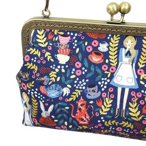Image 5 - Alice in Wonderland Crossbody Bags for Women Handbag Fashion Cartoon Ladies Chain Party Shoulder Bag Messenger Bags