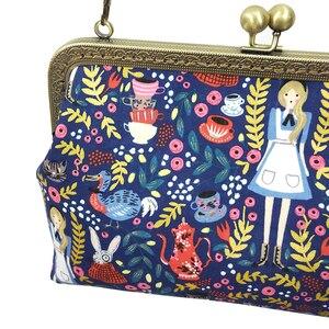 Image 5 - Alice in Wonderland Kadınlar için Crossbody Çanta Çanta Moda Karikatür Bayan Zincir Parti omuzdan askili çanta postacı çantası