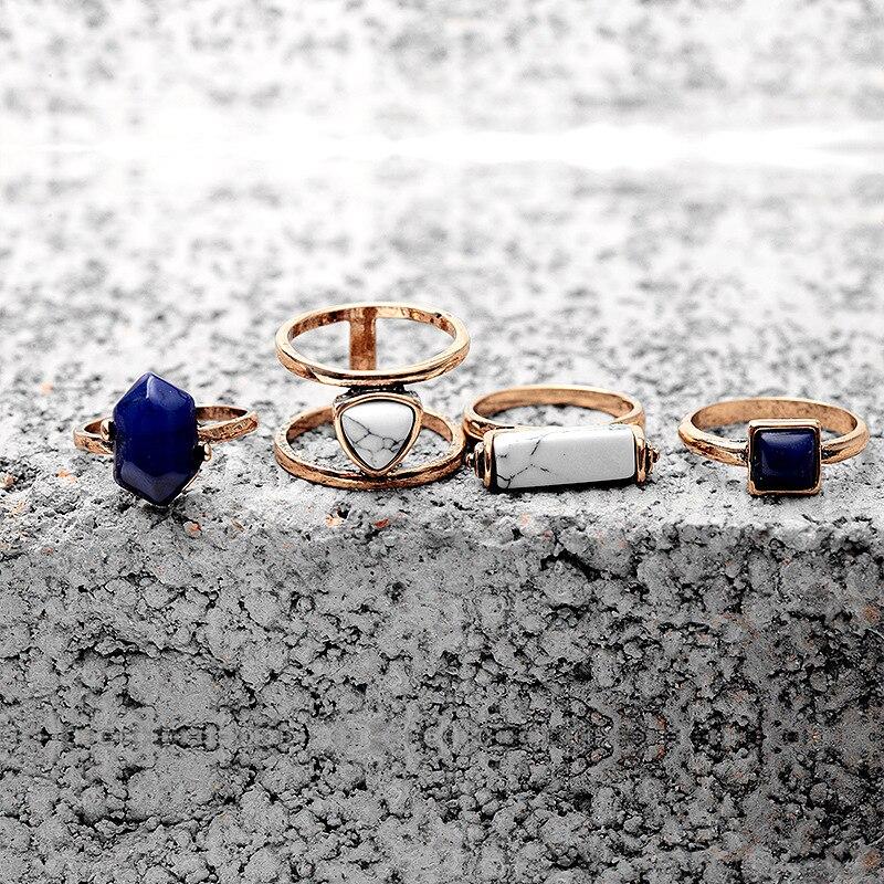 Vintage rings 4 PCS