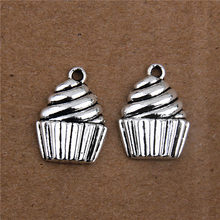 The charm of silver-plated cake pendant jewelry, making endless