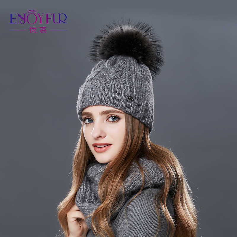 e2093db3d7acb Detail Feedback Questions about Woman Knitted Beanie Hat and Scarf ...