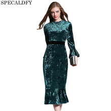 4e47de5b70e8 Diseñador Runway Vestidos 2018 mujeres de alta calidad Otoño Invierno rojo  verde vestido de terciopelo Sexy