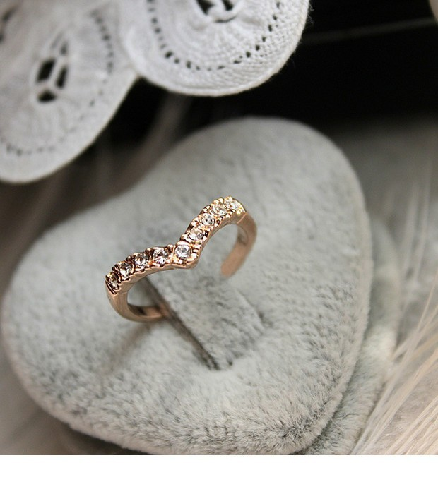 Lover Hot Sell Elegant Gold Color Wedding Ring Made with Genuine Austrian Crystals Full Sizes Wholesales 3