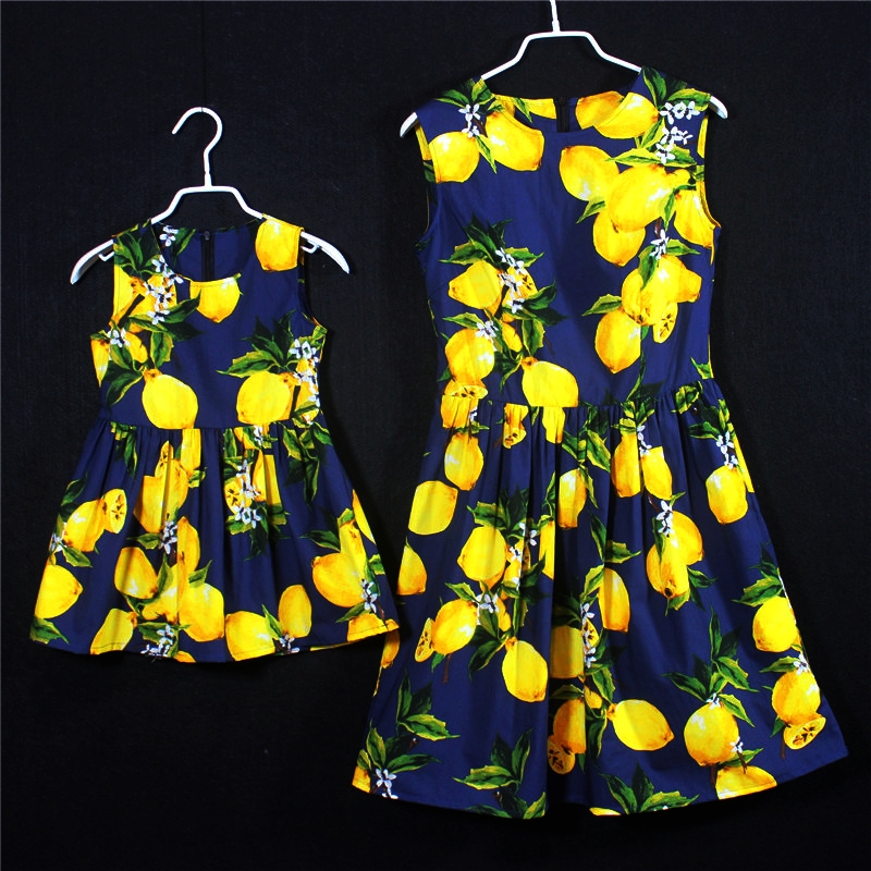 European American style cotton lemon pleats sleeveless skirts family set clothes mother and baby girl dress kids girls dresses 100% real photo brand kids red heart sleeve dress american and european style hollow girls clothes baby girl clothes