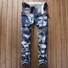 Сине-белые джинсы с принтом мужские мотоциклетные взлетно-посадочной полосы молнии Slim Fit промывают снежинки джинсовые штаны мужские рваные лоскутное байкерские джинсы