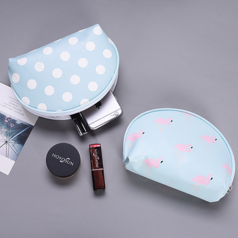 Wulekue Travel Cosmetic Bags Women Cute Strawberry PU Leather Makeup Bag Storage Organizers Lady Pouch For Make Up Case