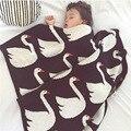 Manta de bebé Cisne Conejo Hecho A Mano Hecho Punto Bebé Mantas para el Sofá Cama 90*110 cm Cruz Botella de Leche Del Árbol Del Corazón Bebe Suave Toalla de Baño