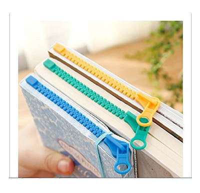 1Pc Plastic Bookmarks for Books Cute Cartoon Paper Clip Tab Stationery Office Accessories School Supplies Bookmark Gift image