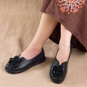 Image 4 - GKTINOO Casual Genuine Leather Flat Shoe Women Shoe Flower Slip On Driving Shoe Female Moccasins Women Flats Lady Shoes
