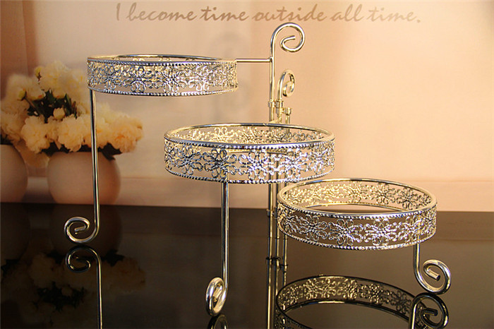 3 Tier Iron Cake Stand with 3 Dish Silvery Cupcake Holder Desserts - Kitchen, Dining and Bar - Photo 5