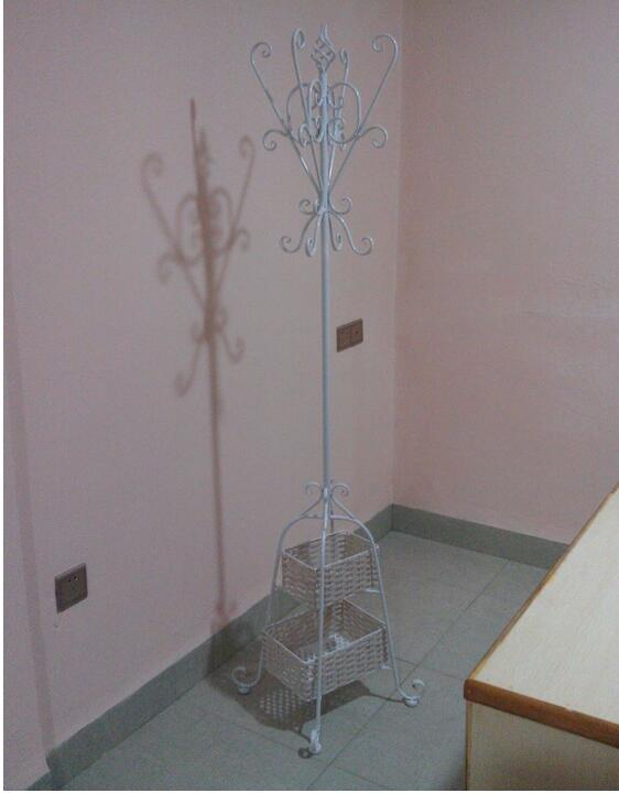 the bedroom floor clothes tree creative with hanger basketchina mainland - Clothes Tree