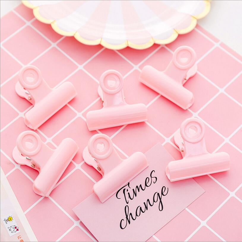 5 Pcs/ 1lot Pink Girl Heart Plastic Clip Set / Cute Plastic Paper Clips / Small Craft Photo Pegs Kawaii Stationery