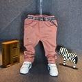 Горячая Продажа! 2016 Новая Коллекция Весна Мода мальчик джинсы штаны разорвал джинсы для Детей дети Мальчики Повседневная живопись брюки с поясом