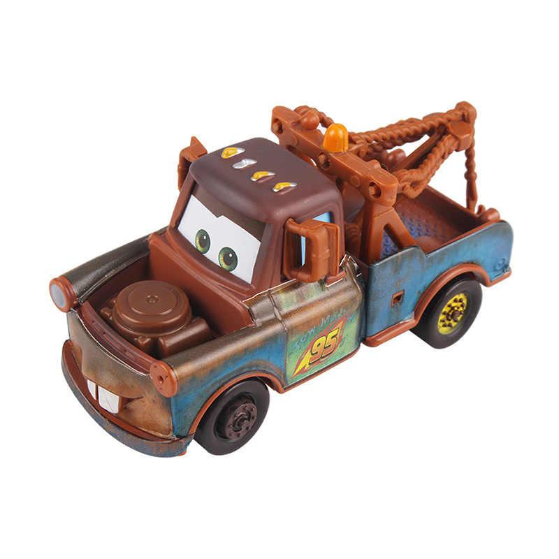 Disney Pixar arabalar 2 3 yıldırım McQueen Jackson fırtına Doc Hudson malzeme 1:55 Diecast Metal alaşım Model araba doğum günü hediyesi erkek çocuk oyuncakları