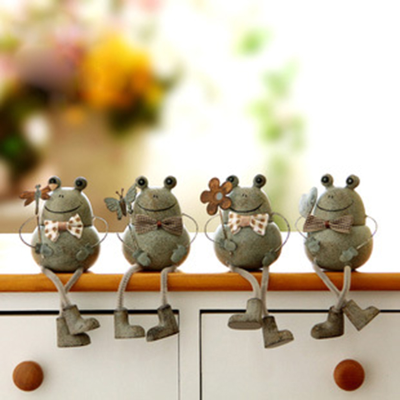 3pcs Pack Garden Decorative Resin Frog Sitting On Stone Christmasdecoration Miniature Animal Statue Outdoor Figure