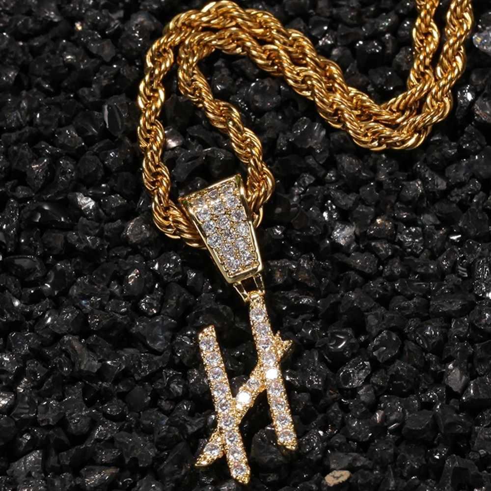 UWIN Cursive ตัวอักษรการเขียนตัวอักษรเริ่มต้นสร้อยคอและจี้สำหรับผู้ชายผู้หญิง Iced OUT Cubic Zircon เครื่องประดับ HIPHOP