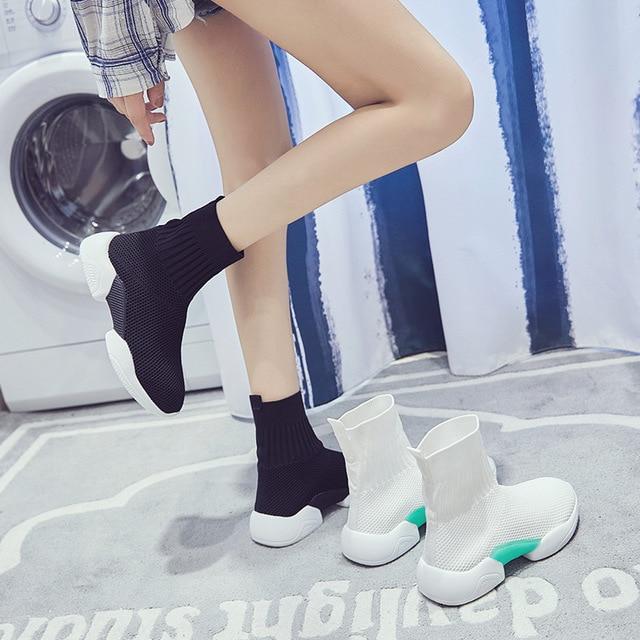 Elastic socks shoes female 2019 spring new wild Korean casual shoes flying hosiery.