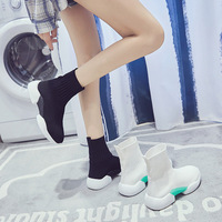 Elastic socks shoes female 2019 spring new wild Korean casual shoes flying hosiery.