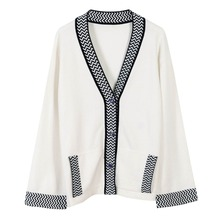 2016 new women's runway fashion oversized high quality wool knitted patchwork white dark blue v-neck short cardigan sweater