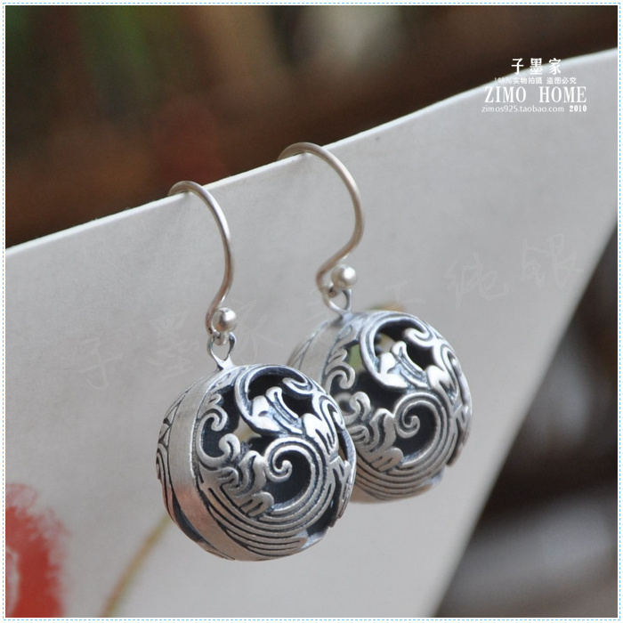 925 Sterling Silver Genuine hollow carved pendant earrings are spherical retro silver moonlight carved hollow out hoop earrings
