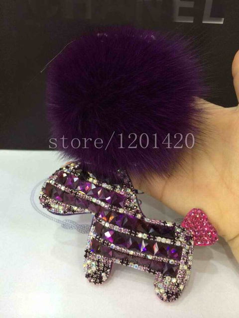Purple Crystal llavero del Caballo de Pom Pom de Piel Bola llaveros encantos Bolsa Mullido peludo llaveros rhinestone Bolsa De error hecho a mano presente