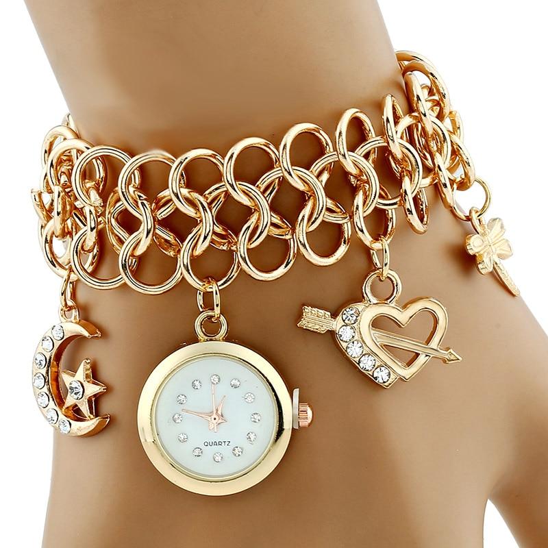 купить Fashion Golden Bracelet Watches Casual Women Wristwatch Luxury Quartz Heart Watch Relogio Feminino Gift недорого